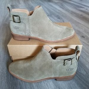 6f7e6b15431 UGG Kelsea Ankle Boot. NWT